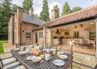 Al fresco dining at Gardener's Cottage holiday accommodation in north west Norfolk