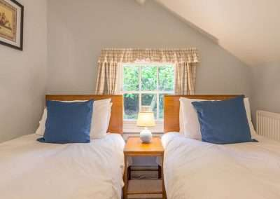 Bear's Cottage twin room in rural Norfolk holiday cottage