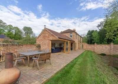 Gardener's Cottage outside area