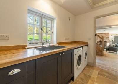 Market Square House - a Norfolk holiday cottage complete with modern utility area